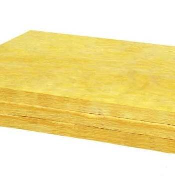 isolare-tetto-con-lana-di-vetro-700x352